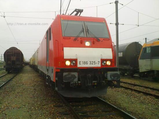 BR 186 325-7 allemande de chez ECR au triage des Aubrais