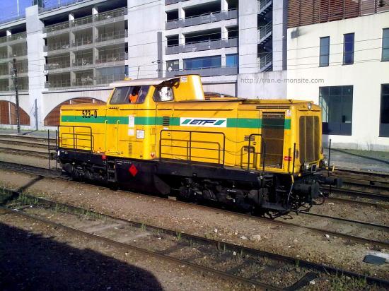 Locomotive V 211 de chez ETF en gare de Poitier
