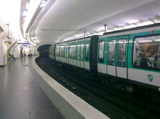 Métro ligne 2