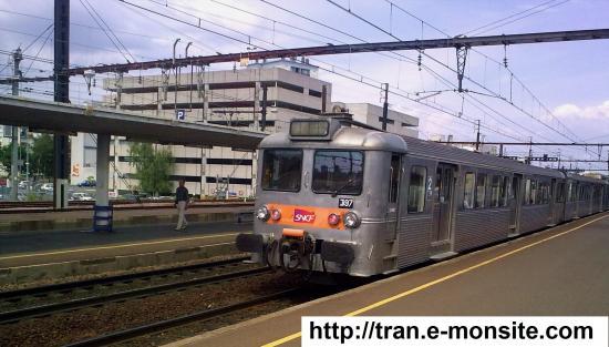 Autorail Z 5300 en gare de Saint Pierre des Corps le 9/08/2009