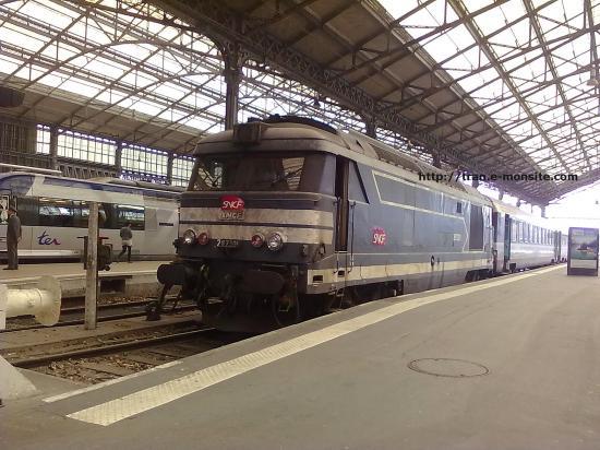 BB 67301 en gare de Tours le 21/04/10