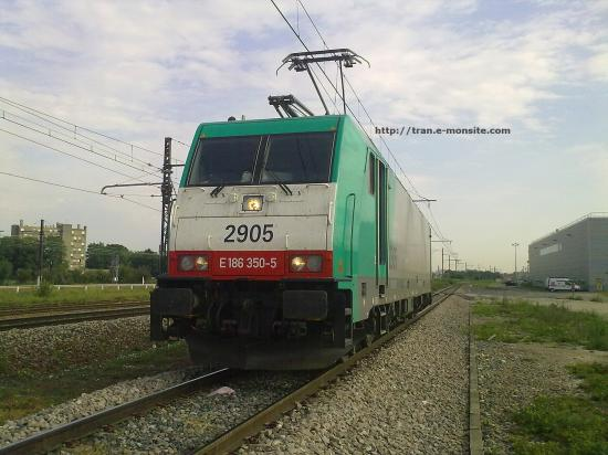 BR 186 Belge de chez ECR attendant d'entrer en gare de triage de Dijon Perrigny le 21/07/10