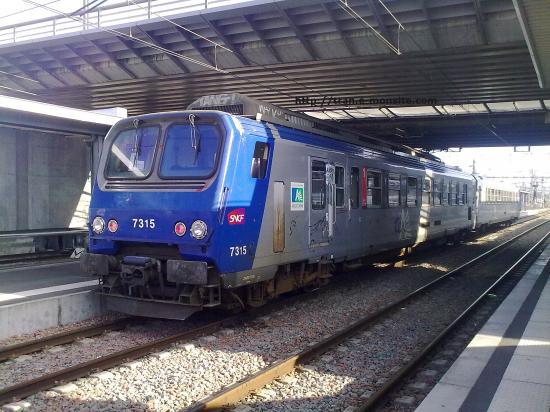 TER Aquitaine Z 7315 en gare de Bordeaux