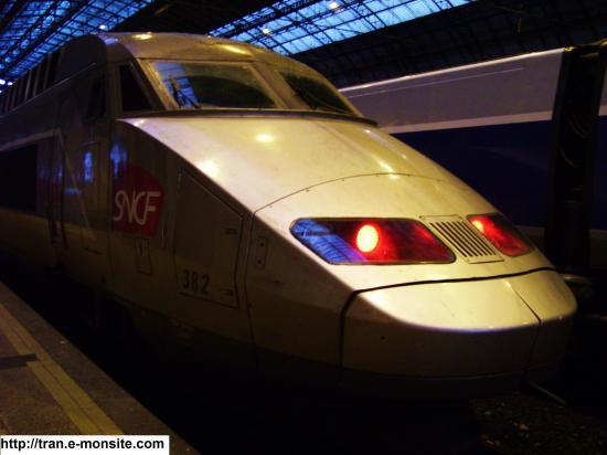 TGV atlantique en gare de Bordeaux Saint Jean