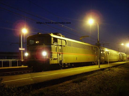 BB 9315 en gare de Bègles en tête d'un Ter Aquitaine à destination de Bordeaux