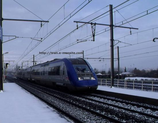 Autorail Z 21568 en gare de Bègles sous la neige