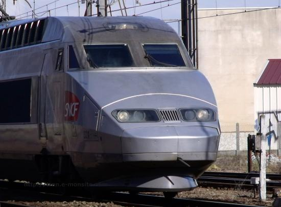 TGV Atlantique quittant Bordeaux le 19/02/10
