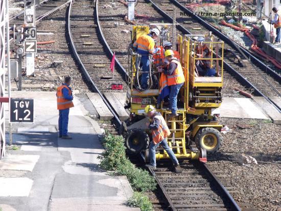 Nacelle de chantier rail/route sncf