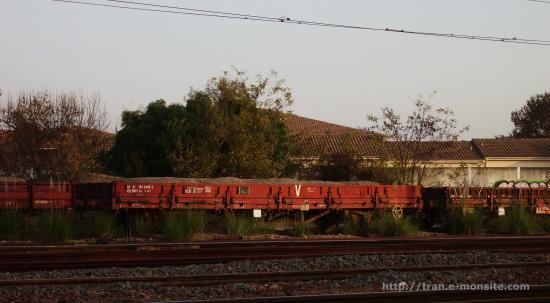 Wagon plateau de l'infra en gare de Bègles