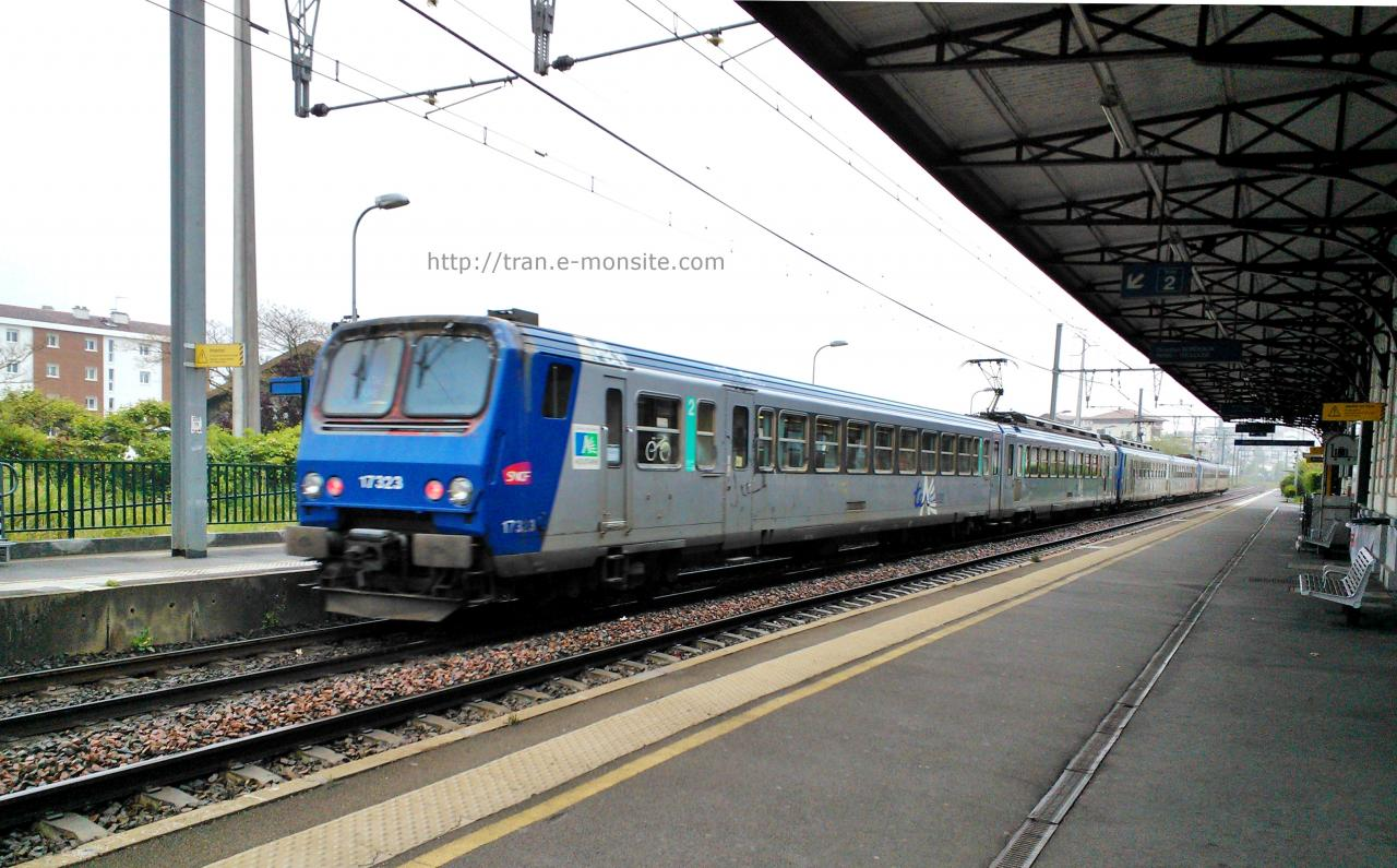 TER Aquitaine Z 17323 quittant la gare de Saint jean de Luz