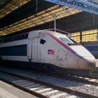TGV Duplex en livré Carmillon en gare de Bordeaux