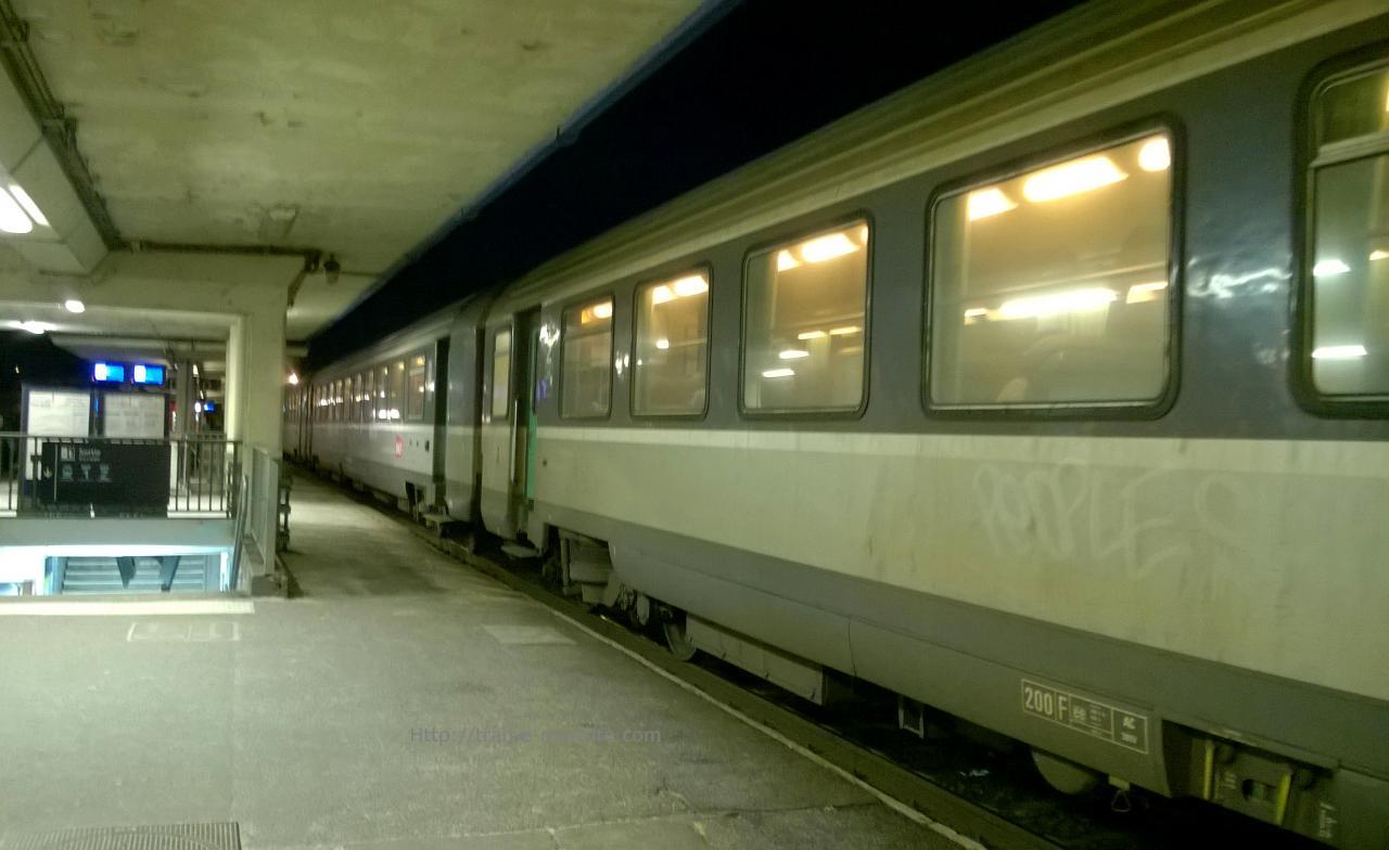 Train intercité Eco Bordeaux/Paris en gare de Saint Pierre des Corps