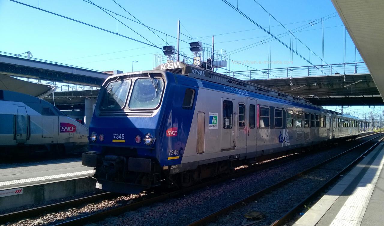 TER Aquitaine Z 7345 en gare de Bordeaux