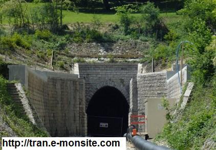 Quelle est la longueur du plus long ligne tunnel ferroviaire du monde ?