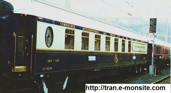 En quelle année a était mis en service le premier train éclairé par des bougies?