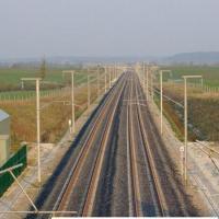 En 2005 combien y avait-il en moyenne de trains qui circulaient  par jour en france ?