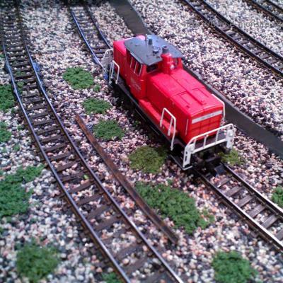 Locomotive DB Cargo 360 202-6 dans la nouvelle partie décoré.